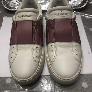 Authentic Valentino Garavani sneaker
